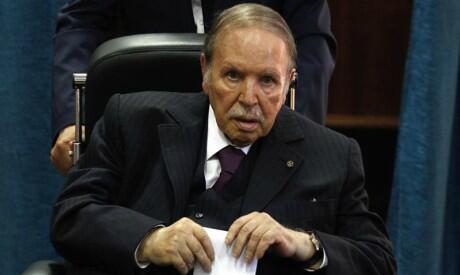 El presidente argelino Abdelaziz Buteflika había nombrado un nuevo gobierno con la esperanza de desactivar el movimiento popular.