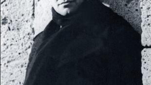 Jean Moulin, octobre 1940.