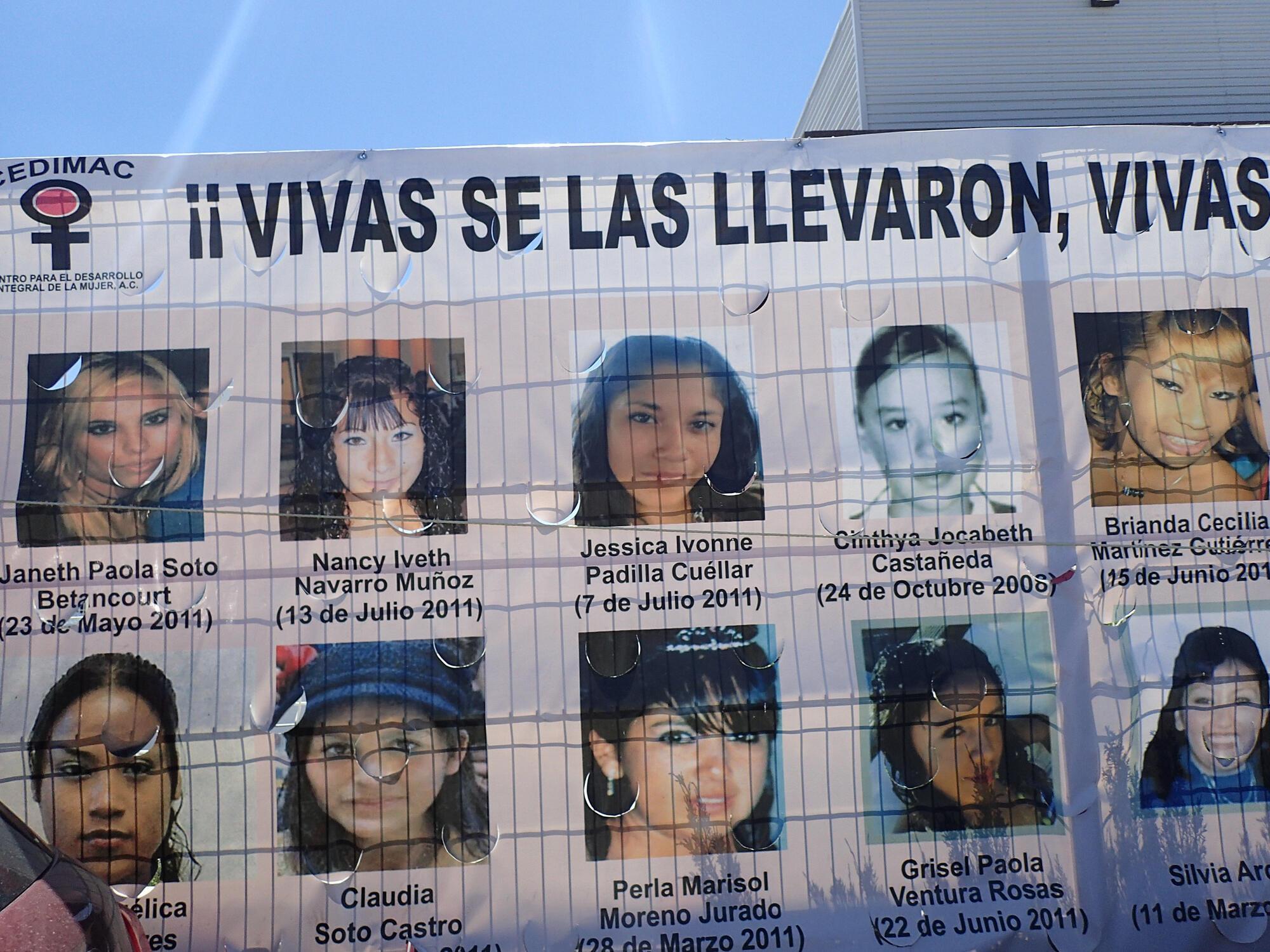 Photos de jeunes femmes disparues à Ciudad Juarez: «Ils les ont enlevées vivantes, nous les voulons vivantes!»