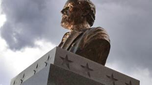 Une statue du général confédéré Robert E. Lee à Fort Myers, en Floride.