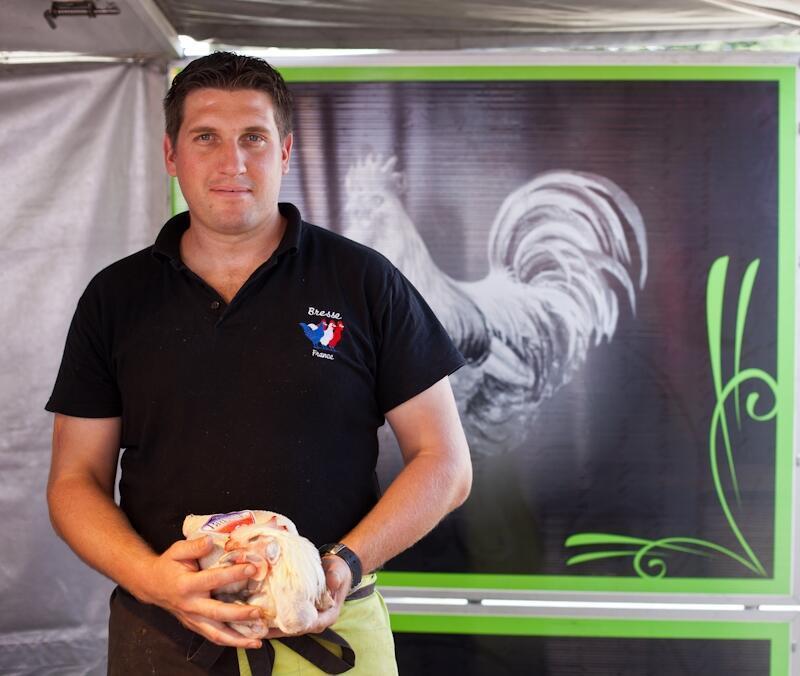 Бресская курица на чемпионате Glorieuses de Bresse в Луане