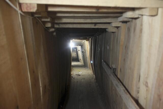 A working tunnel connecting Egypt to Gaza, in the Egyptian border city of Rafah, 13 May, 2013