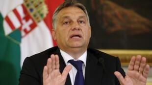 Еврокомиссия раскритиковала правительство Виктора Орбана за проведение политики, направленой против мигрантов.