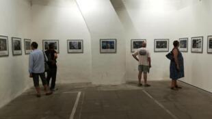 A l'occasion du festival international de photojournalisme Visa pour l'image, Meredith Kohut expose ses photos sur un Venezuela au bord du gouffre.
