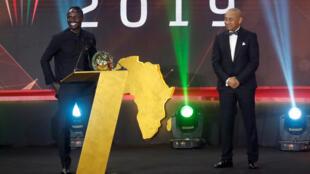 Le footballeur sénégalais Sadio Mané, lors de la remise du prix de meilleur joueur africain par la CAF, le 7 janvier 2020.