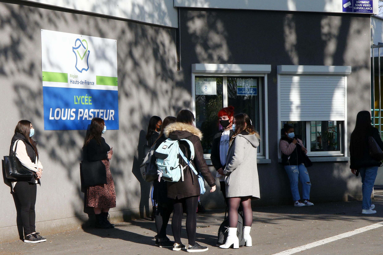 Lycée France Coronavirus