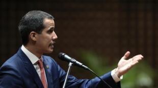 L'opposant Juan Guaido, président par intérim autoproclamé, à Caracas, le 24 mai 2019. Guaido a confirmé l'envoi de délégués à Oslo pour rencontrer des représentants de Maduro.