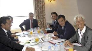 Nicolas Sarkozy, Francois Fillon, Christine Lagarde y Francois Baroin en Bregançon.