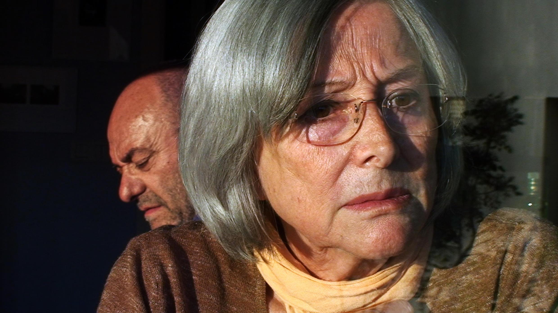 Le professeur Raffaele Pinto et son épouse s'inventent dans le film une autre vie.