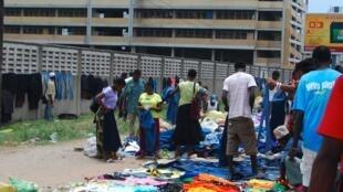 Sehemu ya wafanyabiashara wadogo katika soko la Machinga jijini Dar es Salaam