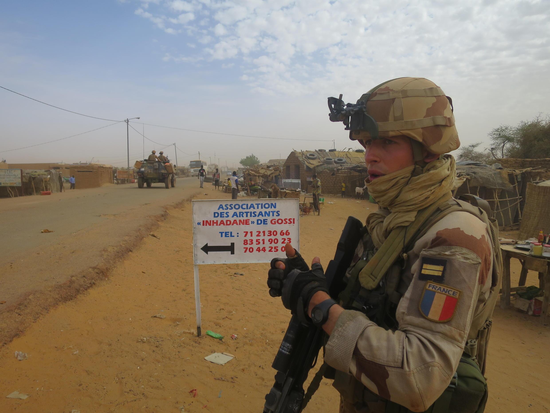 L'attaque du 21 juin 2021 contre les militaires de l'opération Barkhane a eu lieu dans la localité malienne de Gossi, dans la région du Gourma. Ici, une patrouille de Barkhane, à Gossi, en mars 2019.