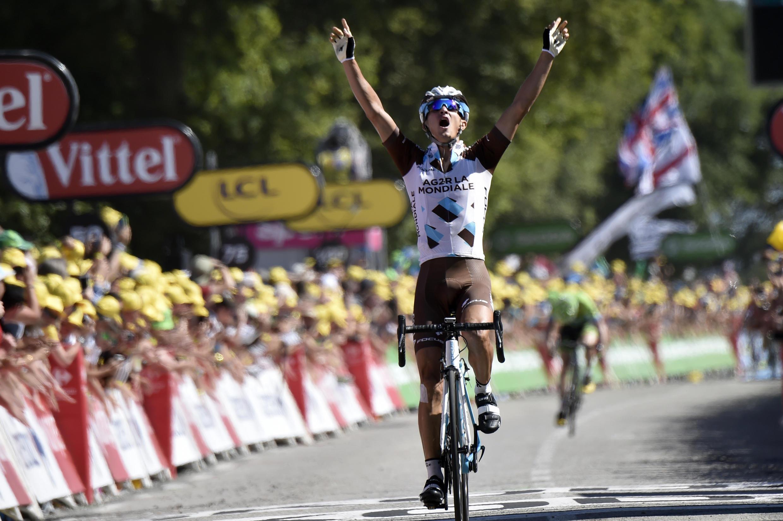 Alexis Vuillermoz, le 11 juillet, lors de la 8e étape du Tour de France 2015 entre Rennes et Mûr-de-Bretagne.