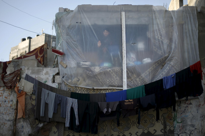 Una casa en ruinas, producto de los bombardeos de Israel durante la guerra de 50 días en 2014, Beit Hanoun, 31 de marzo de 2015.