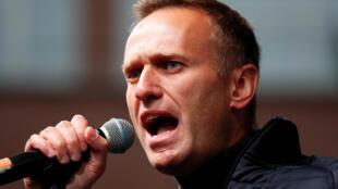 O principal opositor do regime russo, Alexei Navalny, durante uma manifestação para pedir a liberação de opositores presos, em Moscou, na Rússia, em 29 de setembro de 2019.