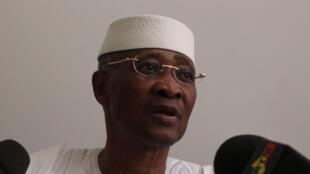 Amadou Toumani Touré lors de sa déclaration de démission le 8 avril 2012.