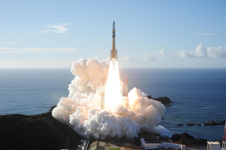 2020-07-20T035831Z_988472439_RC2RWH9U5F84_RTRMADP_3_SPACE-EXPLORATION-EMIRATES-JAPAN