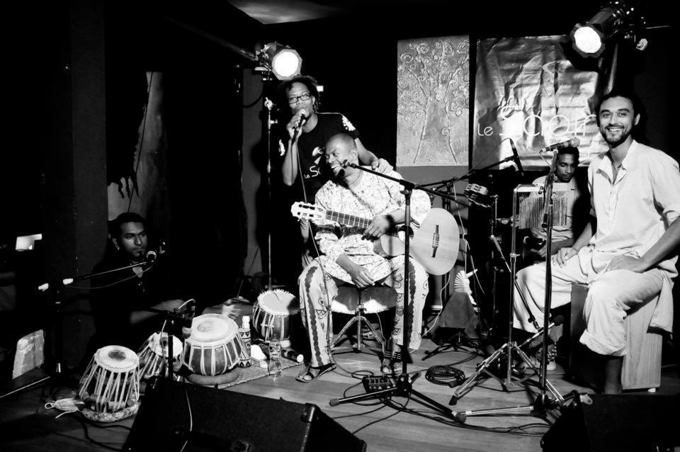 Eric Triton and his band