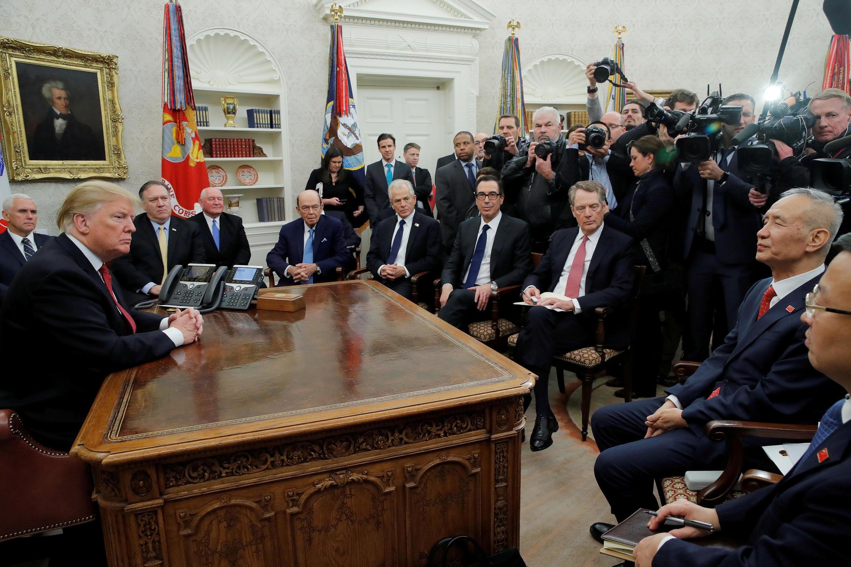 劉鶴與特朗普在白宮會談