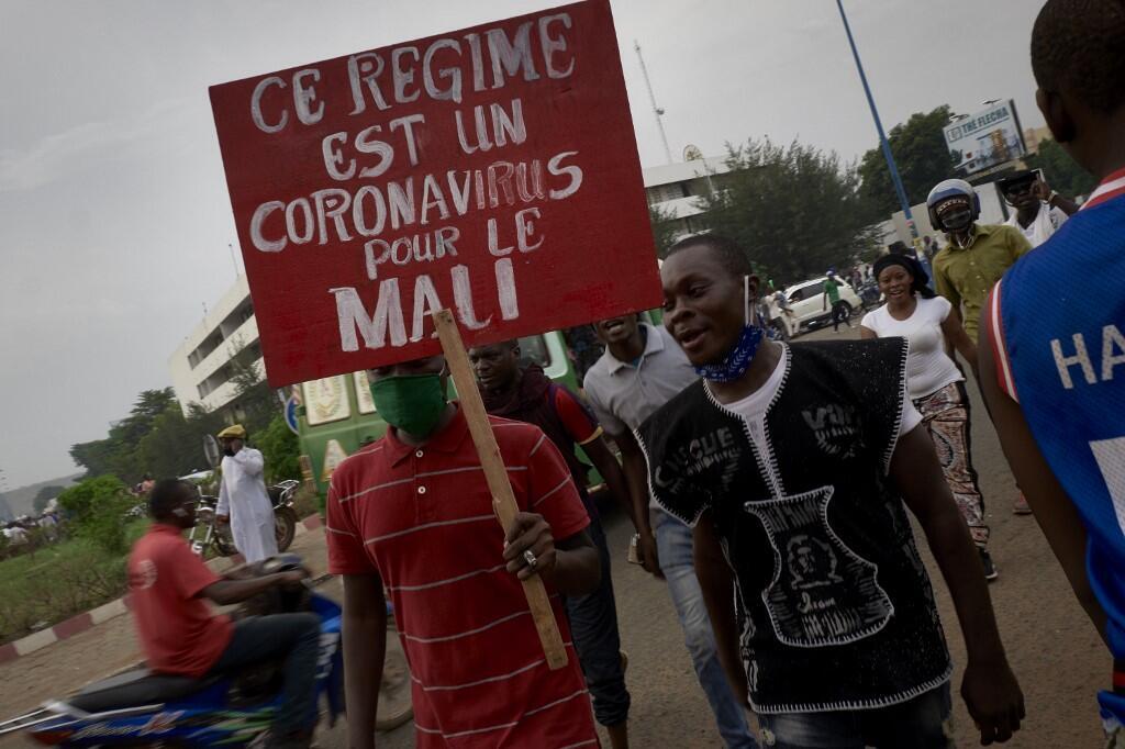 Le 5 juin, des dizaines de milliers de personnes s'étaient rassemblées à Bamako, la capitale du Mali, pour demander le départ du président Ibrahim Boubacar Keita.