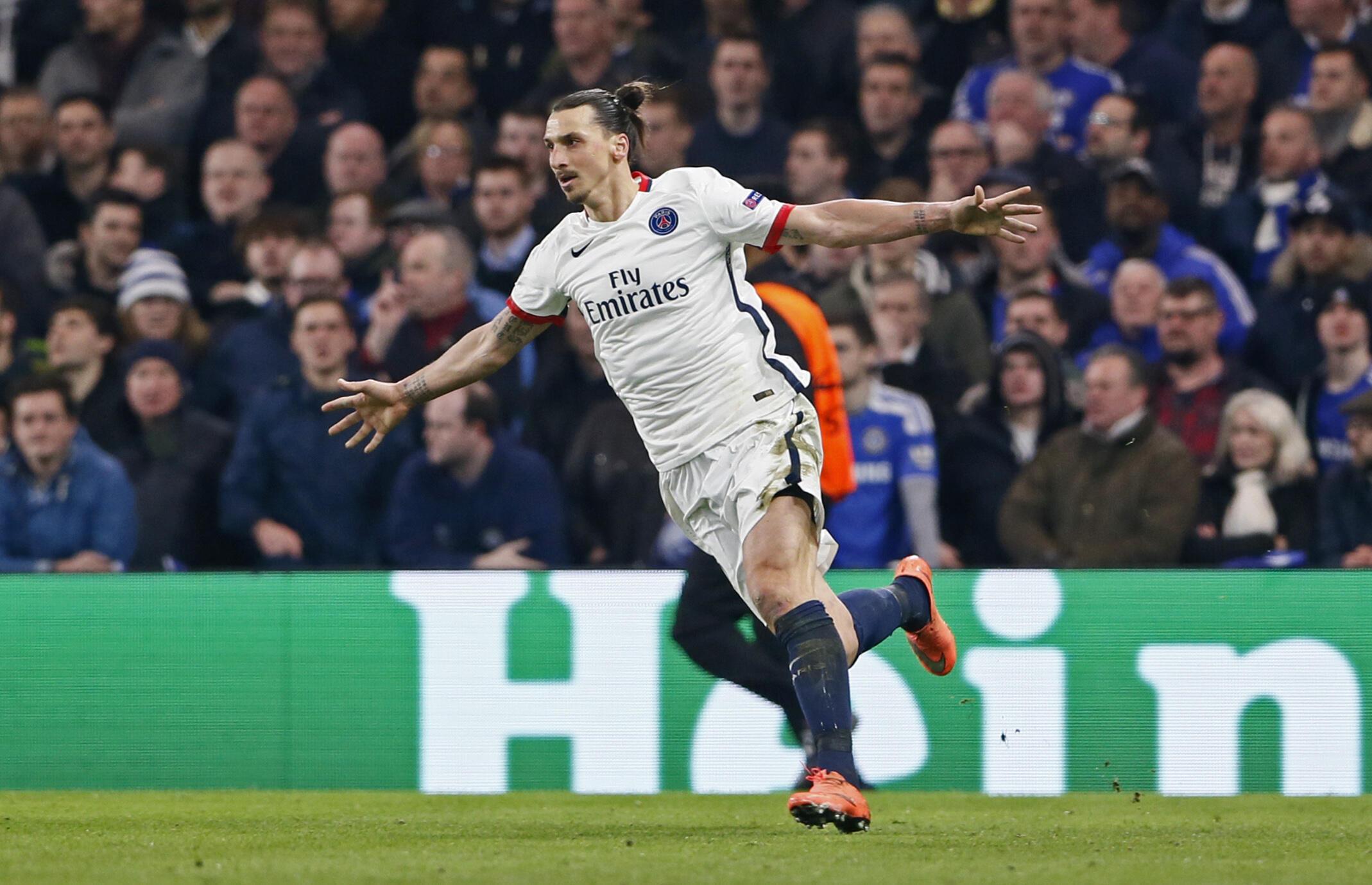 Zlatan Ibrahimovic autor de 4 dos 9 golos do PSG contra o Troies
