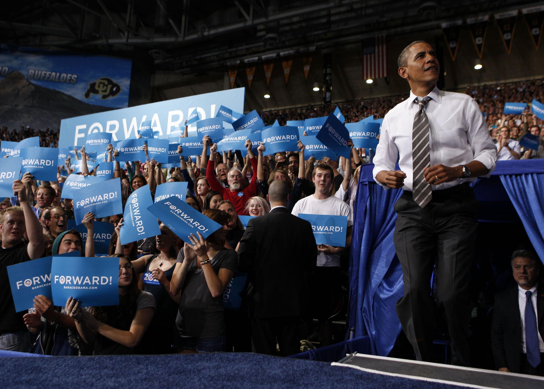 Le président des Etats-Unis a fait campagne sur le slogan « Forward », « En avant ».