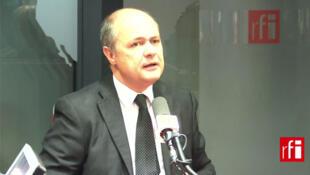 Bruno Le Roux , président du groupe socialiste à l'Assemblée nationale.