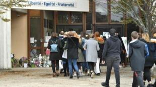 Ассамблея чеченцев Европы решительно осудила убийство учителя под Парижем, которое совершил 18-летний уроженец Москвы чеченского происхождения