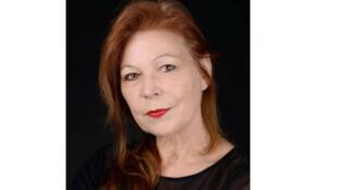 """Portrait de la romancière Lydie Salvayre, pour son livre """"Pas Pleurer"""""""