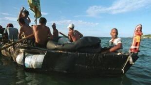 Los cubanos que eran interceptados en el mar eran devueltos a Cuba.