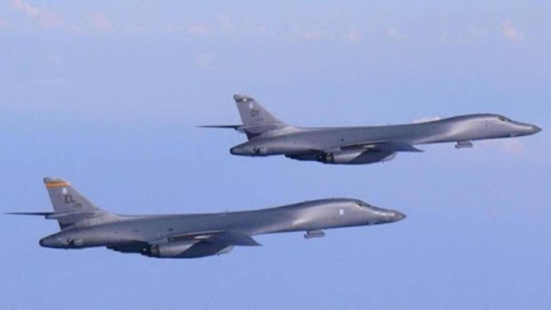 美军两架B-1B轰炸机5月4日飞向台湾周围海域,目的何在?
