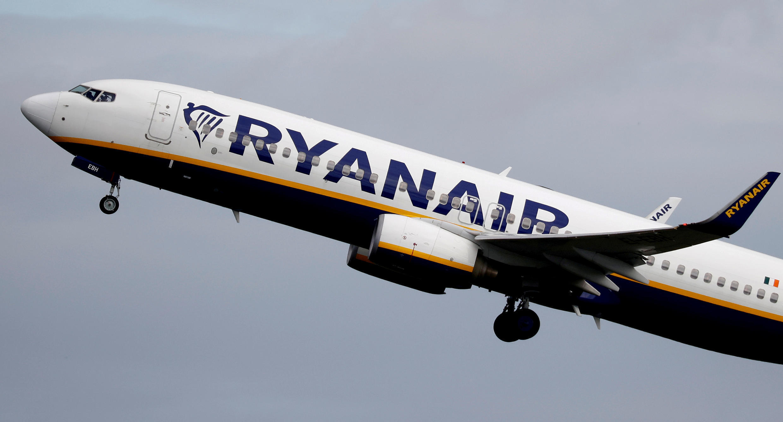 Un avion de Ryanair décollant de l'aéroport de Manchester, le 21 juin 2020