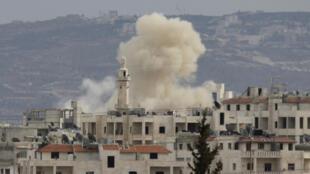 Bombardeios em Idlib neste domingo, 11 de março de 2012.