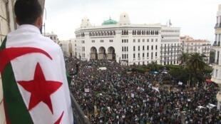 Mobilisation du Hirak à Alger, le 22 mars 2019.