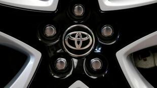 图为日本丰田汽车新款车轮照片