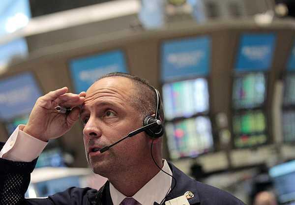 Un corredor de bolsa en el New York Stock Exchange. El 5 de agosto de 2011.