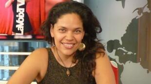 Mistysa en los estudios de RFI
