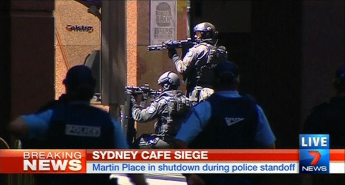 Homem armado faz reféns em uma loja em Sydney na Austrália.