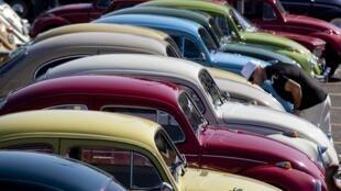 En Allemagne, Volkswagen est le premier fournisseur du marché automobile et l'un des premiers employeurs.