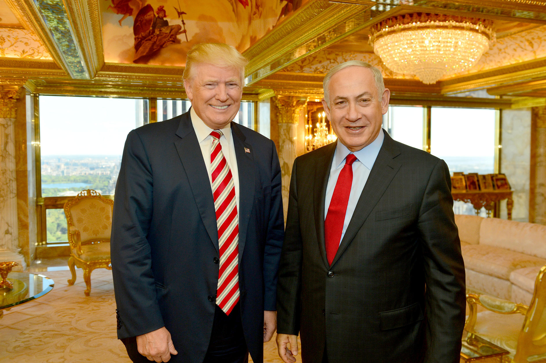 Tổng thống Donald Trump (trái) khi còn là ứng viên tổng thống của đảng Cộng Hòa gặp thủ tướng Israel Benyamin Netanyahu tại New-York le 25 /09/2016.