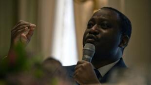 Kiongozi wa zamani wa waasi na Waziri Mkuu wa zamani Guillaume Soro katika mkutano na waandishi wa habari Januari 28, 2020 huko Paris.