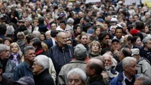 Акция протеста против проекта новой Конституции в Будапеште 15 апреля 2011 г.