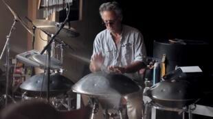 Steve Shehan playing the Hang