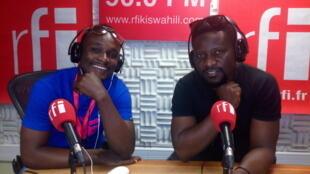 Mwanamuziki Y.Tony studio za RFI Kiswahili na Ali Bilali