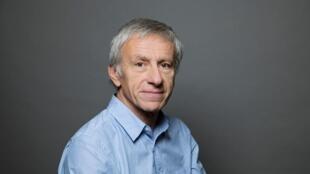 Portrait de l'écrivain et académicien Jean-Christophe Rufin.