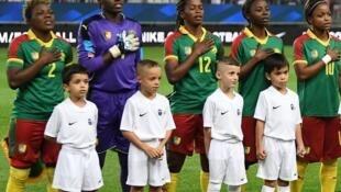 L'équipe féminine du Cameroun avant un match amical face à la France, le 9 octobre 2018.