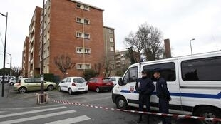 Police lay siege to Merah in Toulouse Wednesday