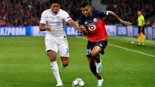 Reinildo, internacional moçambicano do Lille, no jogo da Liga dos Campeões perante o Chelsea, derrota caseira por 1-2 em território francês.