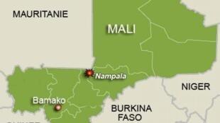 Kambi ya jeshi la Mali imeshambuliwa katika mji wa Nampala kilomita 400 kaskazini mashariki mwa mji wa Bamako, karibu na mpaka wa Mauritania.