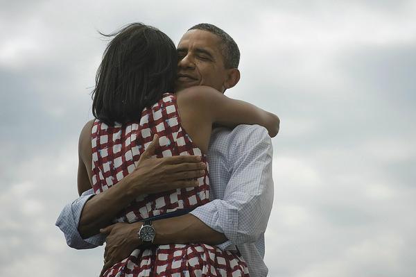 Photo publiée sur le compte Twitter de Barack Obama après l'annonce de sa victoire. « Quatre ans de plus », écrit-il.