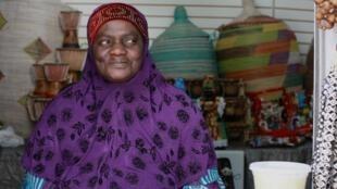 Aminata est arrivée du Sénégal à Harlem en 1994 et travaille au marché africain du quartier, le Malcom Shabazz Harlem Market.